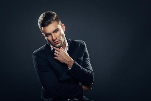 Tendances coiffures pour hommes 2021 : Coupes, styles ...